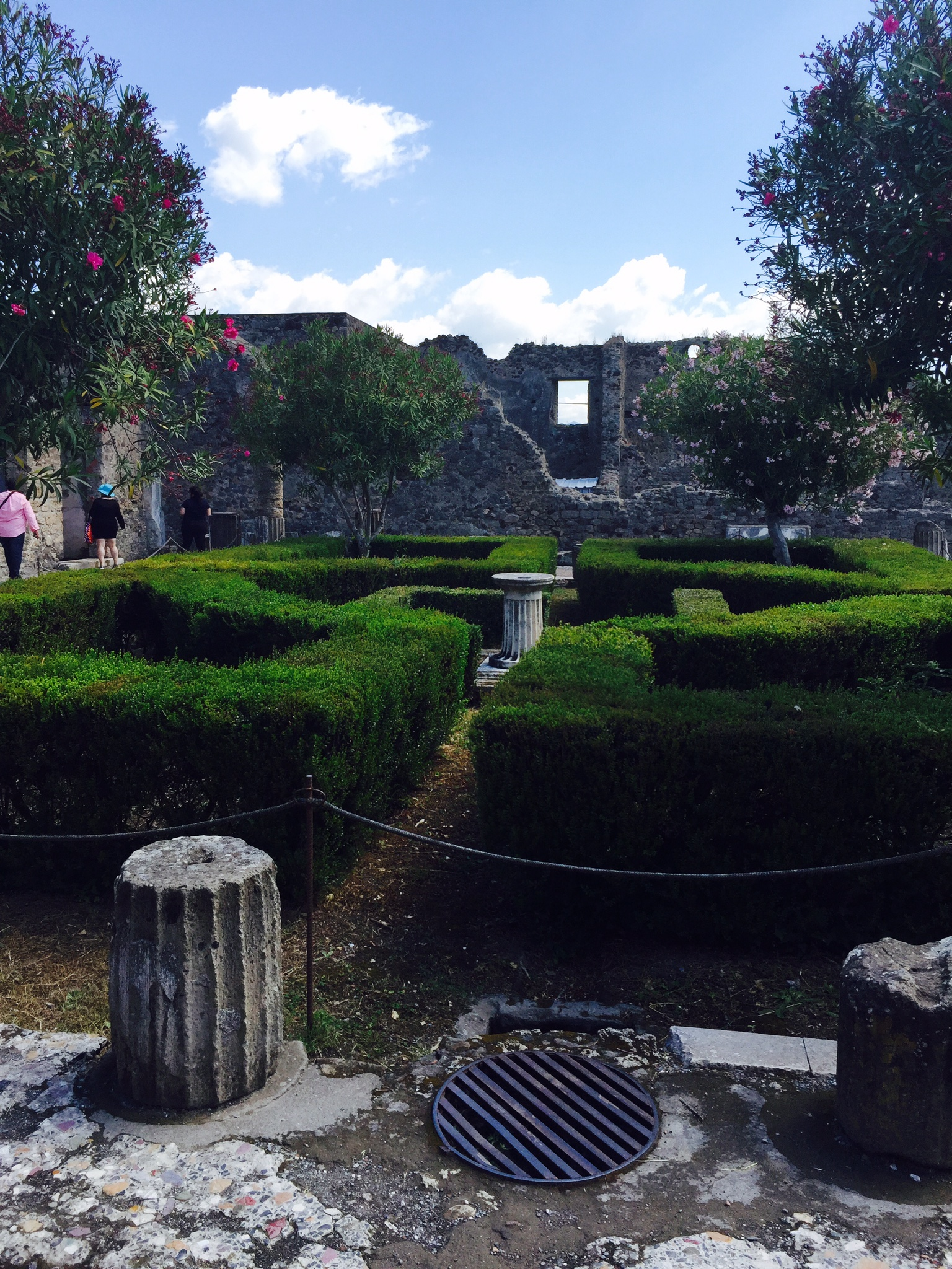 Garden at Pompeii - Sorrento to Pompeii