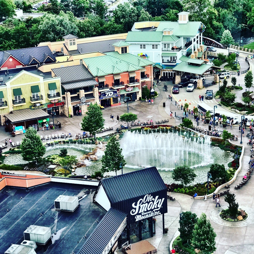 The Island in Pigeon Forge, an exciting entertainment district, offers a range of memorable family activities not to be missed!